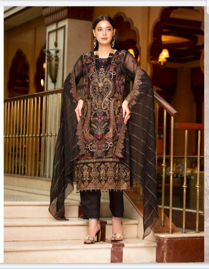 Stunning Black Eid Outfit